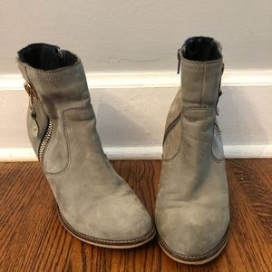 Aldo ankle booties size 8